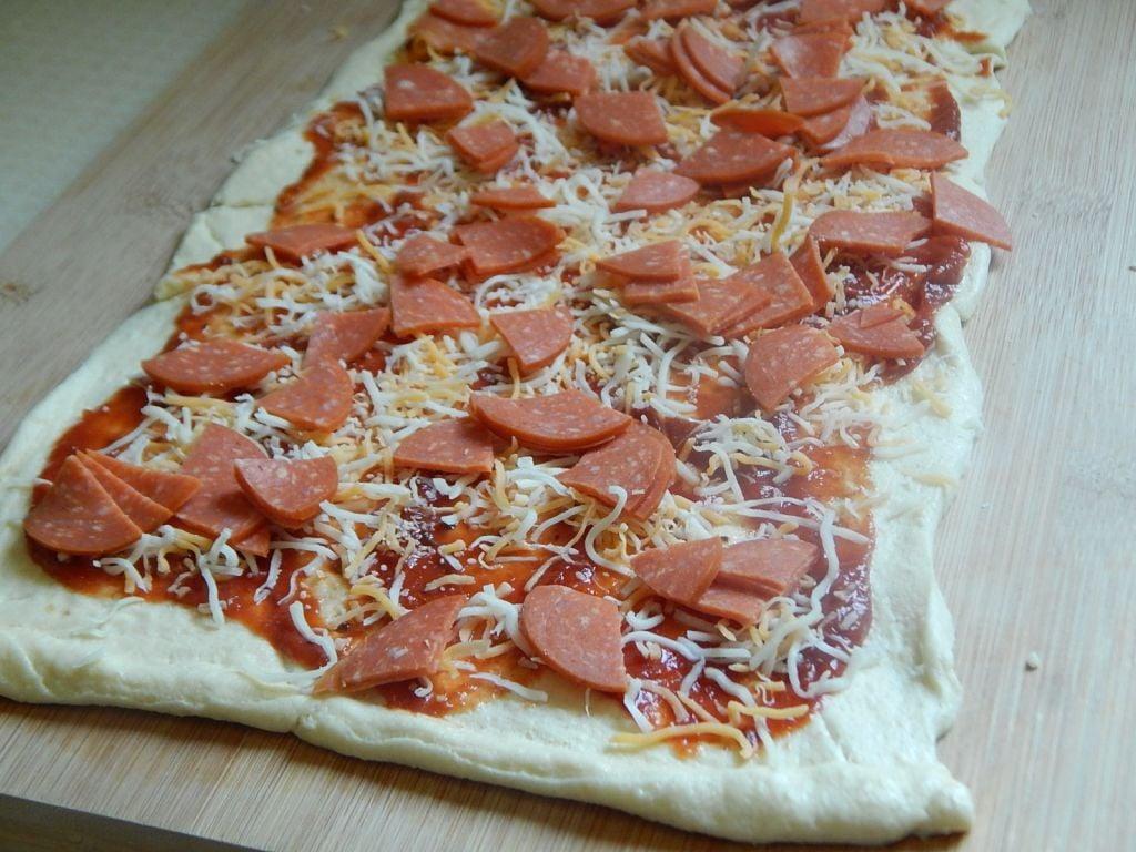 Pizza pinwheels - Drizzle Me Skinny!Drizzle Me Skinny!