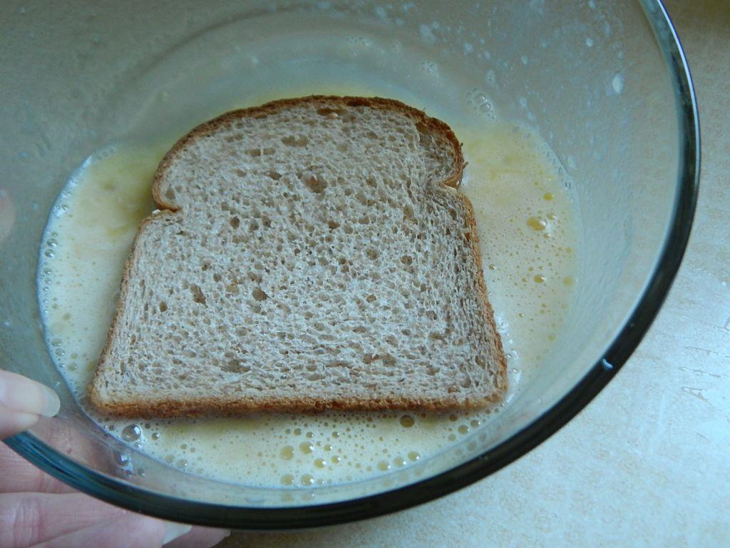 Banana cinnamon french toast - Drizzle Me Skinny!Drizzle Me Skinny!