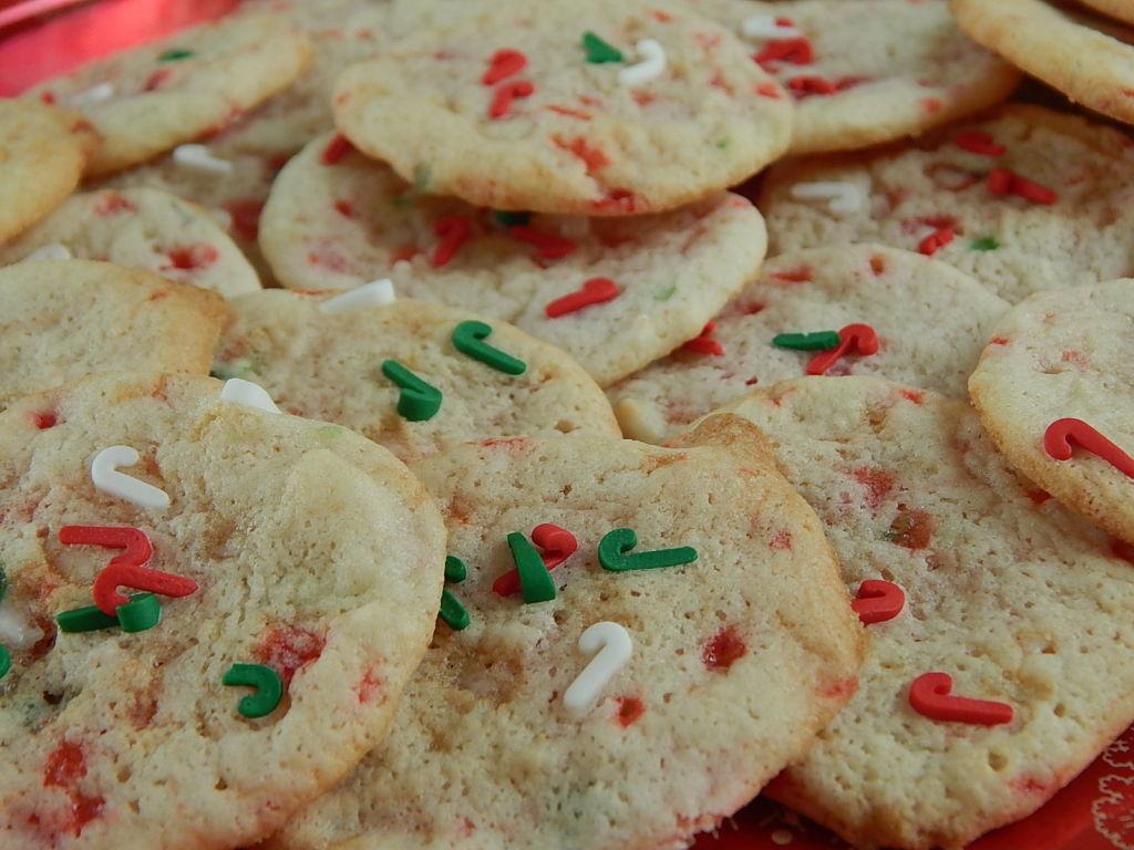 Mini Candy Cane Crunch Cookies